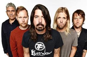 Los Foo Fighters cancelaron su gira europea tras el accidente de Grohl