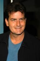 """Charlie Sheen podría volver a """"Two and a Half Men"""""""