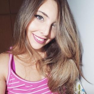 Camila220