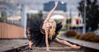 Se solicitan bailarinas y bailarines de 18 a 35 años para proyecto remunerado
