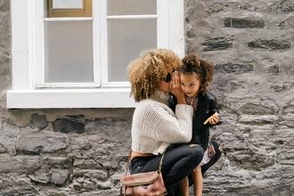 Se buscan madres con hijos varones de 7 a 11 años para proyecto
