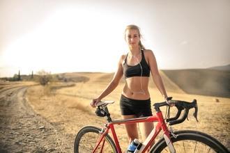 Se necesitan mujeres bikers de 18 a 35 años para proyecto remunerado