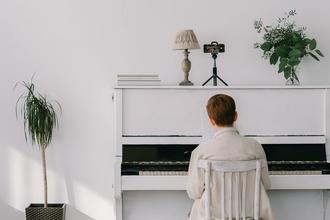 Se solicitan nenes pianistas de 9 a 12 años para rodaje de ficción