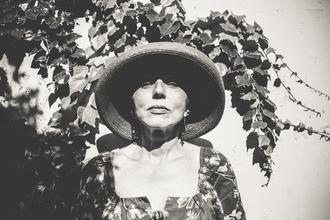 Se necesita actriz mayor de 50 años para corto a filmar en Olivos