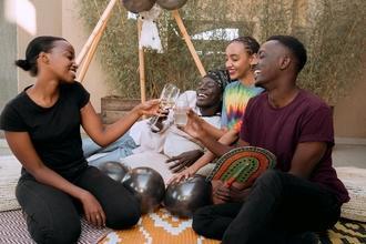 URGENTE Se precisan figurantes de origen africano de 20 a 60 años para rodar en anuncio publicitario