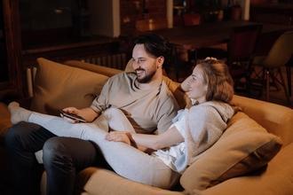 Se buscan verdaderas parejas heterosexuales de 25 a 35 años para rodaje publicitario en CABA