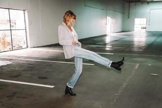 Se busca mujer modelo de 18 a 28 años para shooting en Buenos Aires