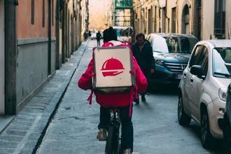 Se requieren repartidores de delivery reales para proyecto
