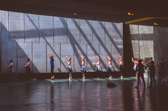 Se precisan maestros de ballet fitness para adolescentes y adultos