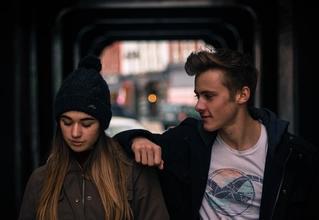 Se busca hermano y hermana entre 16 y 20 años que estén juntos en la cuarentena