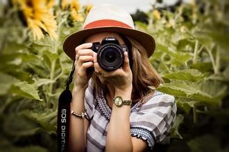 Se precisan hombres y mujeres fotógrafos de 18 a 40 años