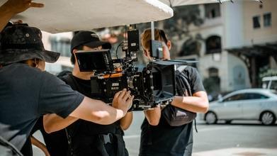 Se solicitan personas de 18 a 45 años que tengan experiencia en detrás de cámaras para participar en proyecto remunerado
