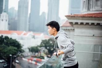 Se solicita hombre con rasgos asiáticos entre 25 y 45 años para publicidad de galletitas
