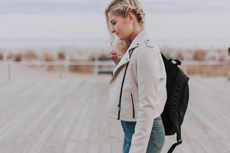 Se precisan modelos femeninas de 20 a 25 años para fotos en redes sociales