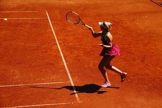 Se convoca actriz de 28 a 33 años que practique tenis para rodar en película