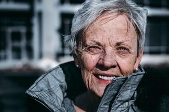Se busca actriz de 65 a 75 años para cortometraje