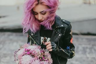 URGENTE Se necesitan chicas de 18 a 25 años con cabello de colores para publicidad