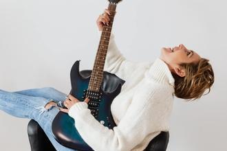 Se necesitan mujeres que hagan música de 20 a 35 años para proyecto
