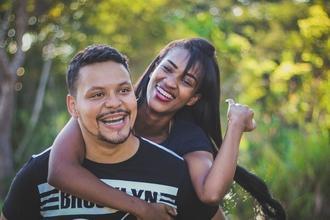 Se precisan mujeres y hombres brasileños nativos de 25 a 50 años para comercial
