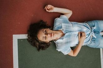 Se buscan modelos femeninas para fotografía de retratos en Olivos