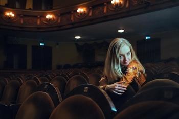 Se buscan actores y actrices para comedia teatral