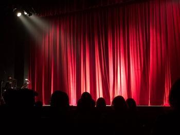 Se buscan hombres que canten y niñas para montaje de Los Miserables