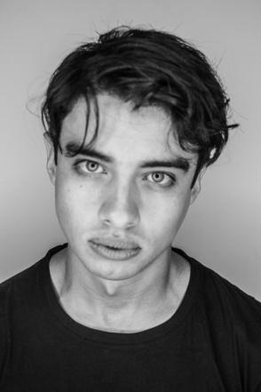 Fernando, un actor apasionado por su oficio para seguir bien de cerca