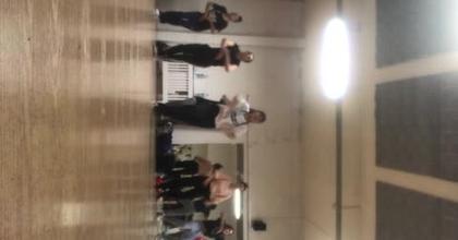 Clase en el programa de baile en París